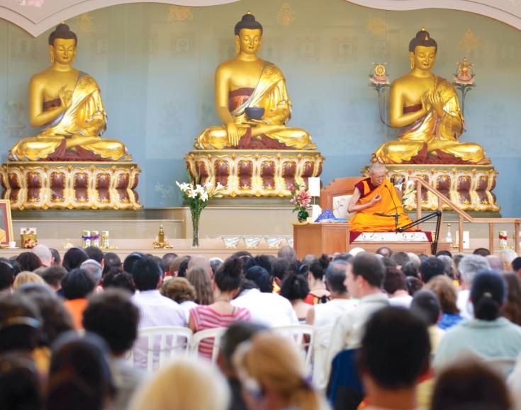 geshe-kelsang-gyatso-teaching-kadampa-temple-brazil